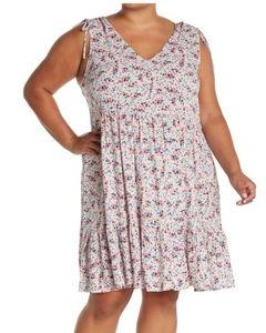 **Caslon 1X Floral Print V-Neck Dress